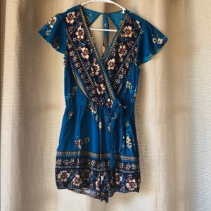 Blue floral romper size small
